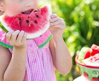 Yaz Aylarında Sizi Tazeleyecek 5 Yiyecek Nedir?