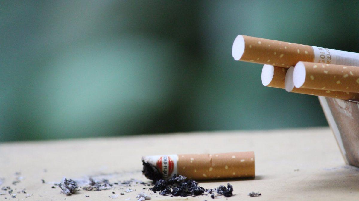 E-Sigara; Normal Sigaralar Kadar Akciğerlerinize Zarar Veriyor Mu?