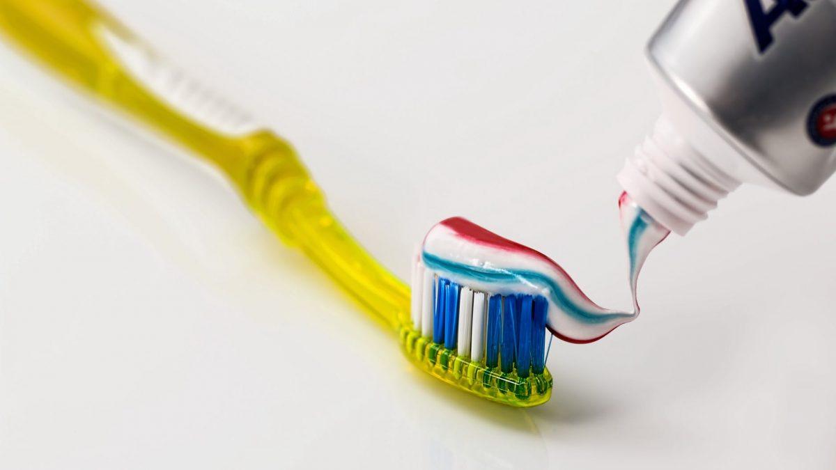 Dişlerinizi Fırçalamak İştahınızı Etkiliyor Mu?