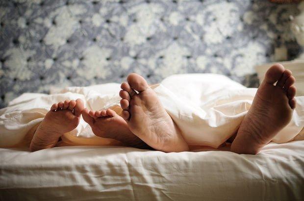 Neden Cinsel İlişki Sırasında Acı Hissediyorsunuz?