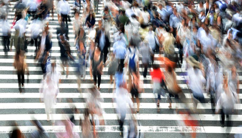 Topluluk İçinde Panik Atak Geçirdiğinizde Yapmanız Gereken 5 Şey