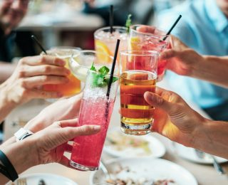 Alkol, Meme Kanseri Riskini Arttırıyor