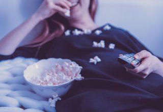 Gece Televizyonu Açık Bırakmak Kilo Mu Aldırıyor?