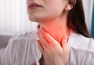 Boğaz Ağrısı 101: Semptomları, Nedenleri ve Tedavisi