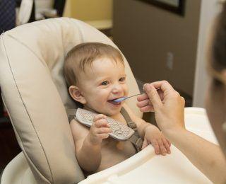 İlk 1 Yıl Bebek Beslenmesi